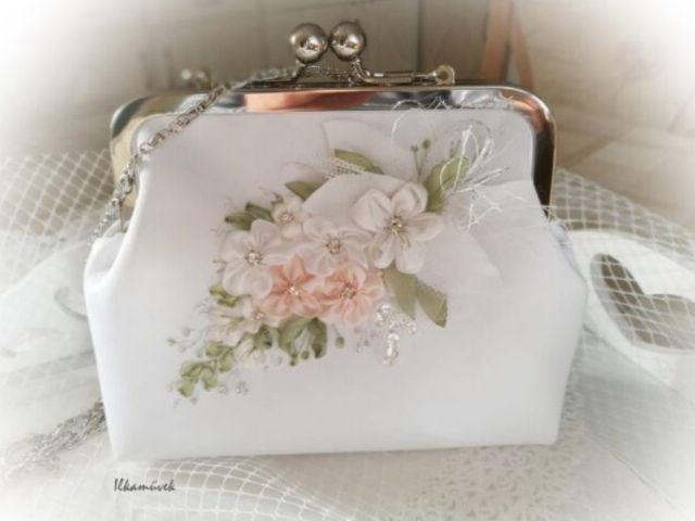 Menyasszonyi és alkalmi táska