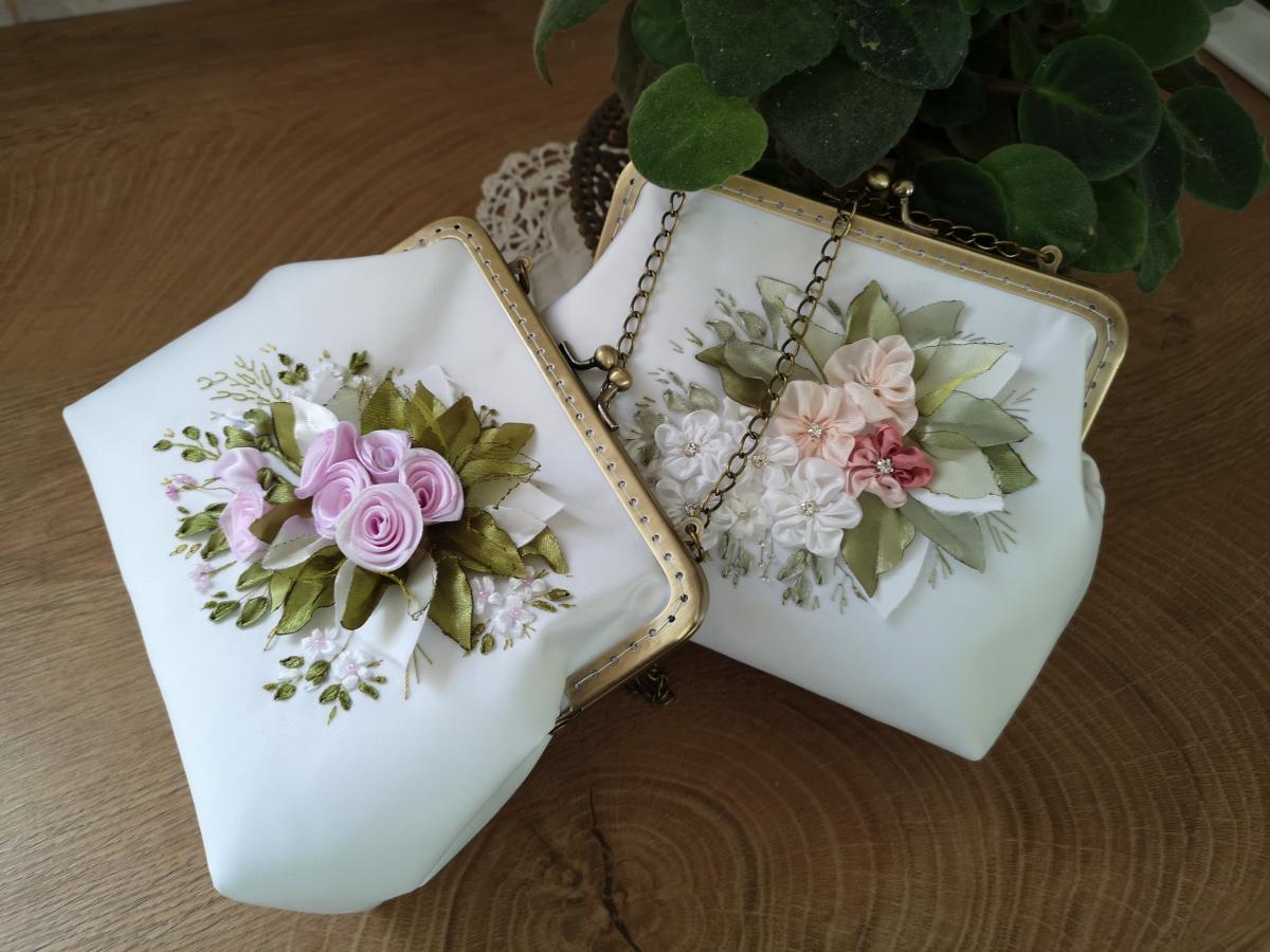 menyasszonyi táska selyemszalaghímzéssel